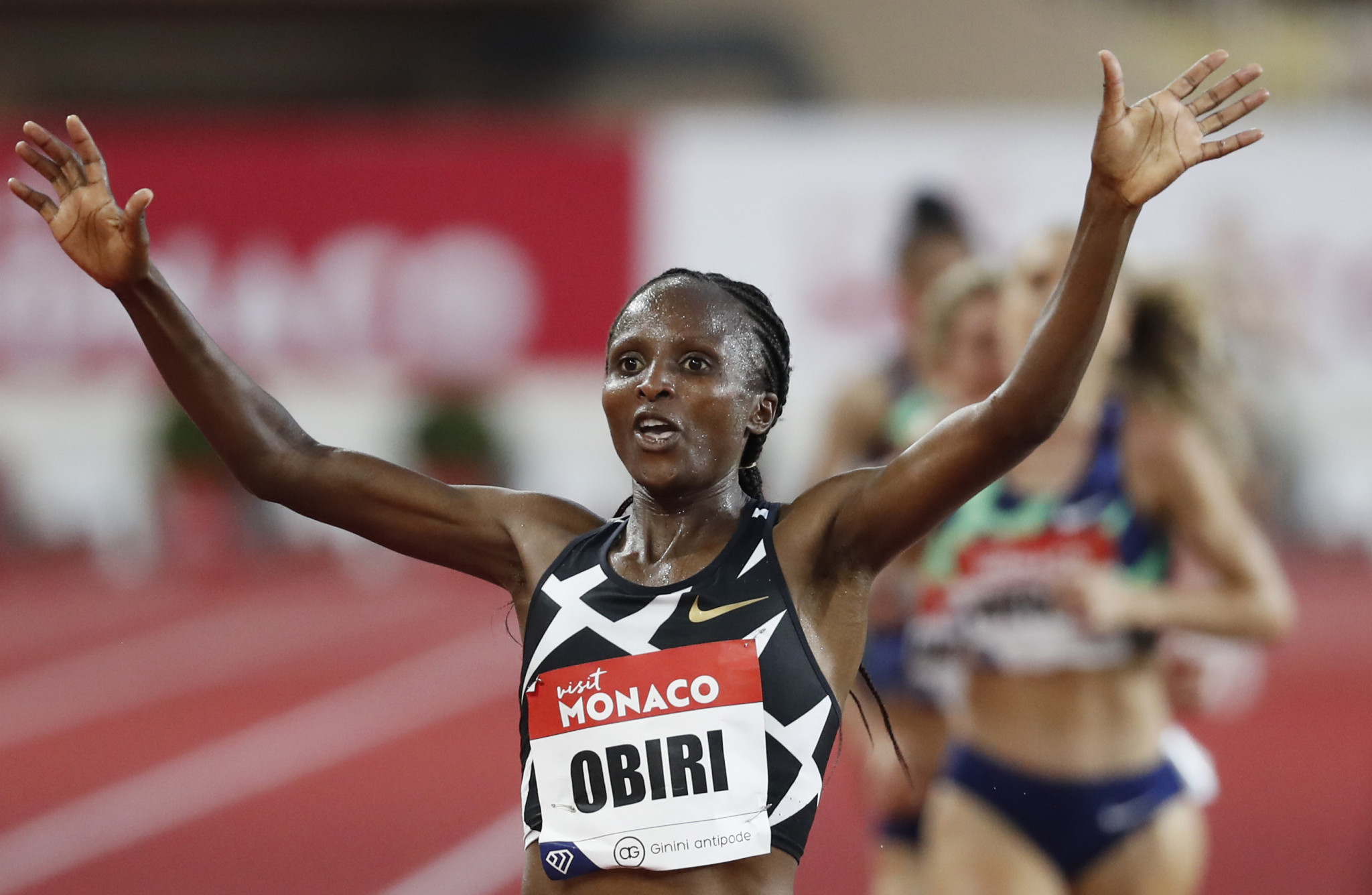Hellen Obiri celebrates winning the women's 3,000 metres in Doha in a 2020 world-leading time ©Getty Images