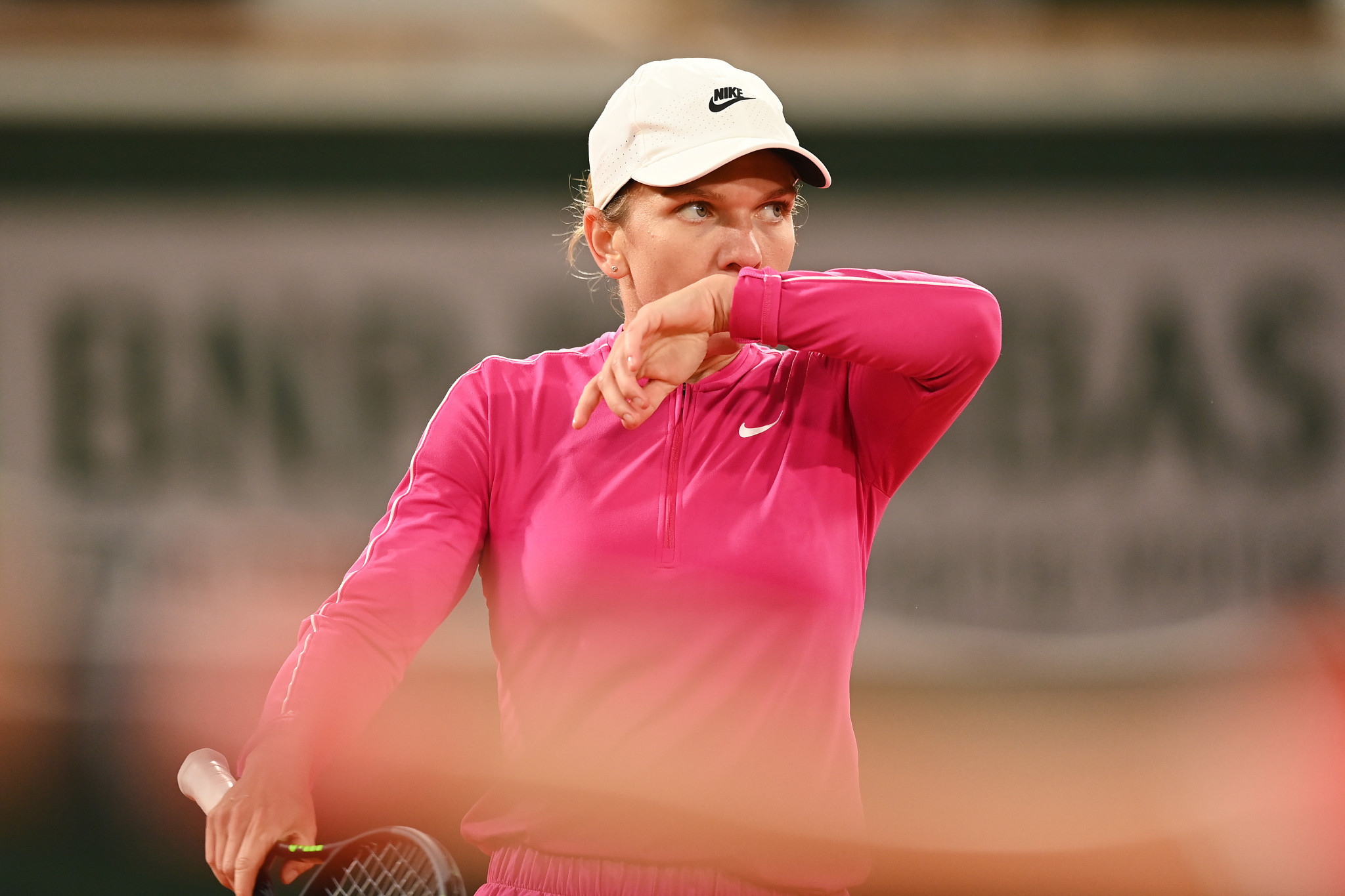 Romania's Simon Halep, the women's top seed, defeated Spain's Sara Sorribes Tormo 6-4, 6-0 ©Getty Images