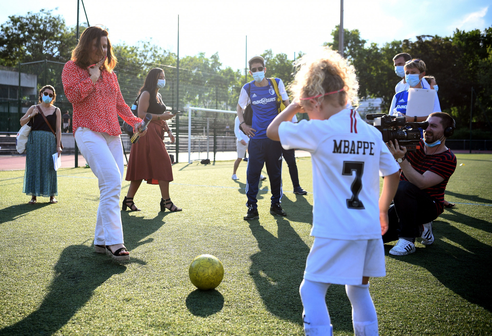 Fourteen projects are set to receive a slice of €100,000 to provide opportunities for young girls and women to play sport on public spaces ©Getty Images