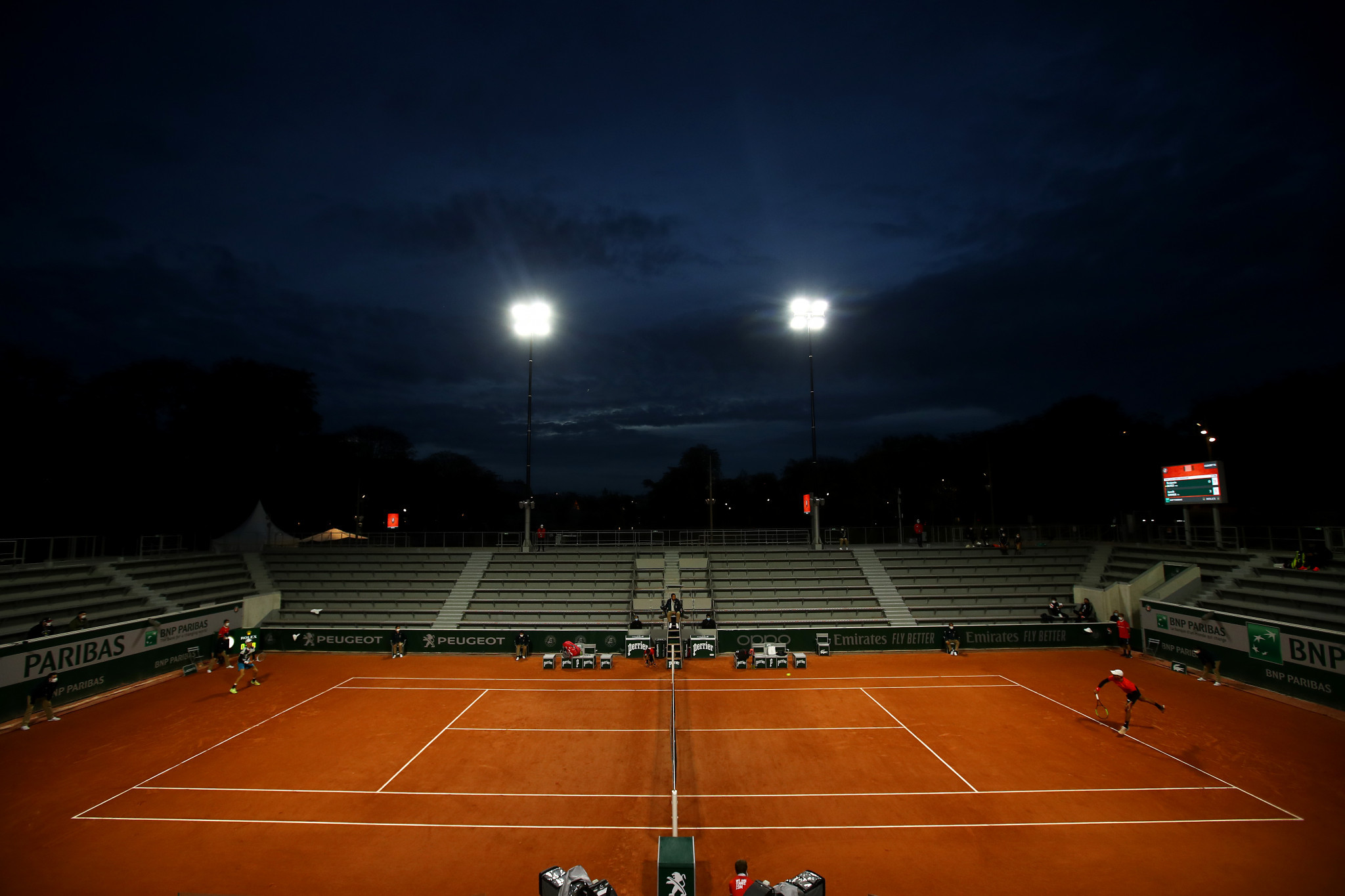 The addition of floodlights to the Roland Garros complex has enabled action to continue on all courts after dark ©Getty Images