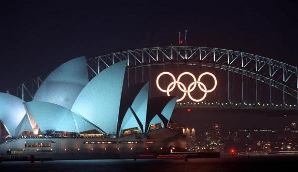 The Olympic Rings that were on Sydney Harbour Bridge during the Games in 2000, which closed 20-years-ago today, are up for sale for AUD$12,750 ©Getty Images