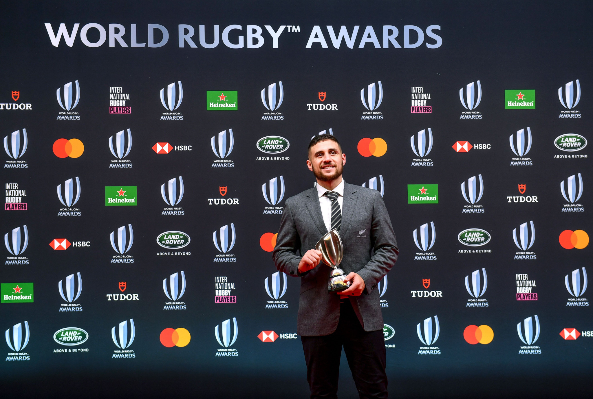 World Rugby Awards to recognise players who provided support during pandemic