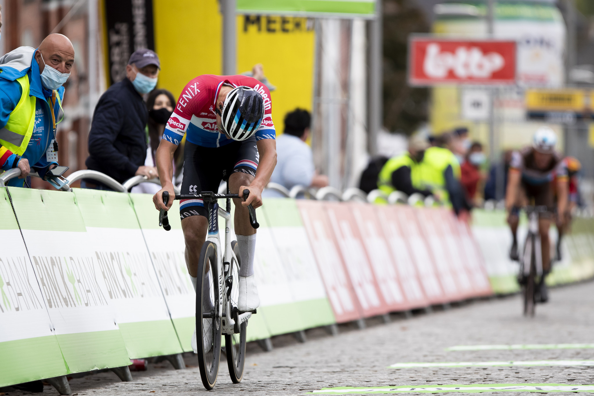 Van der Poel wins BinckBank Tour after daring attack on final stage