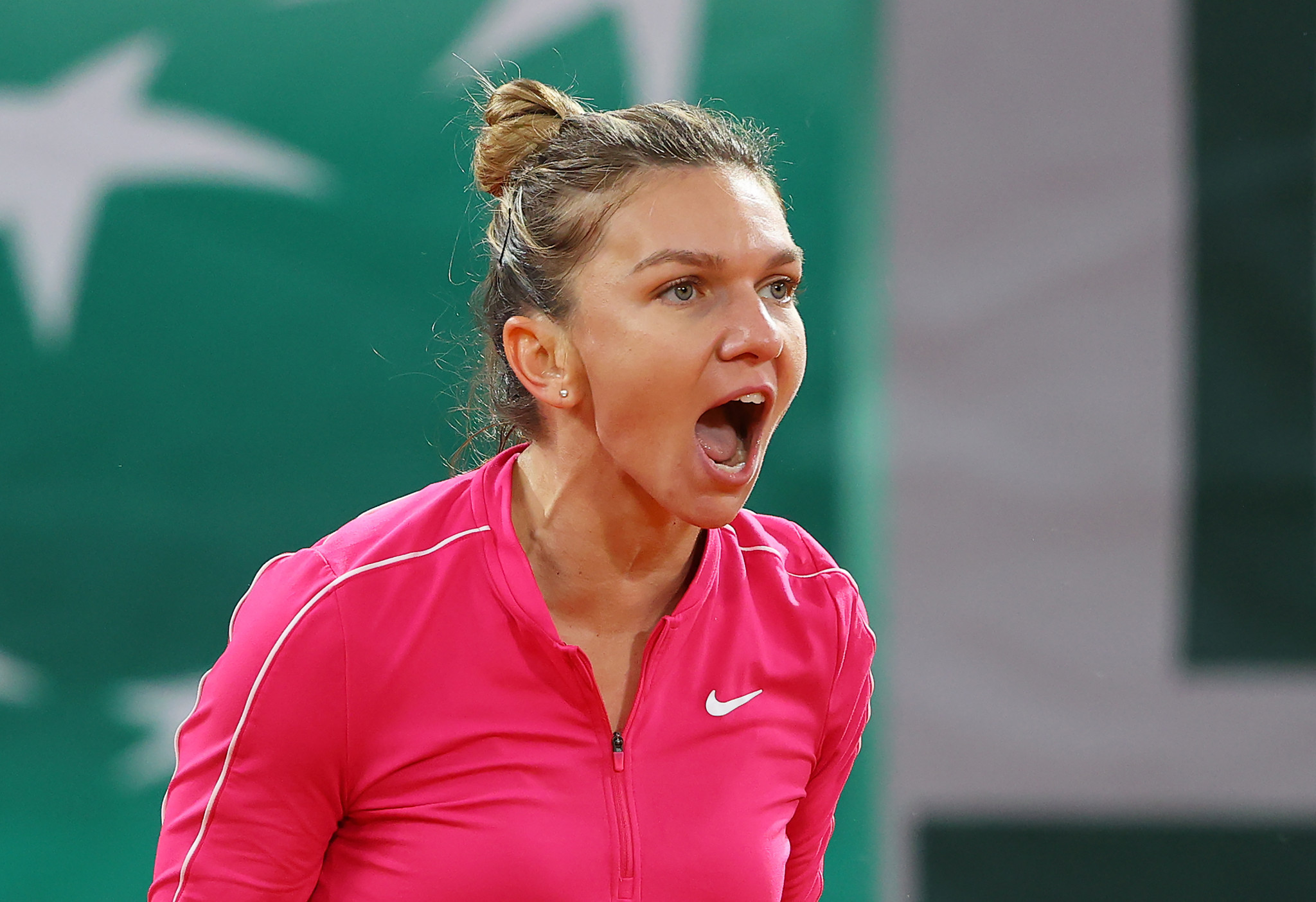 Upsets continue as French Open fourth round begins