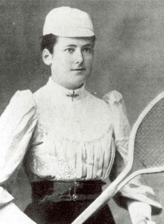 Blue plaque unveiled in Newbury in honour of five-time Wimbledon champion Lottie Dod