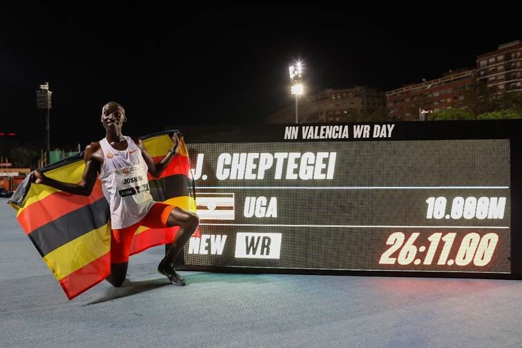 Uganda's Joshua Cheptegei set a world 10,000 metres record of 26min 11.00sec in Valencia tonight ©NN Running Team
