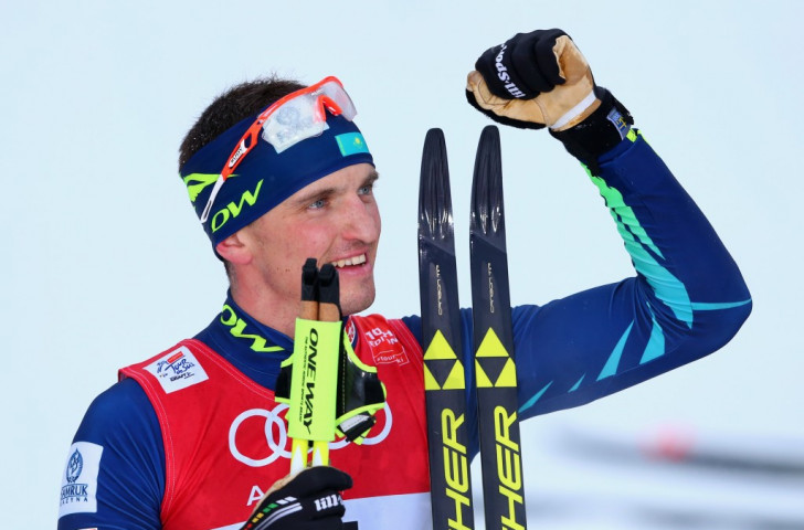 Kazakhstan's Alexey Poltoranin came out on top in the men's 15km classic mass start