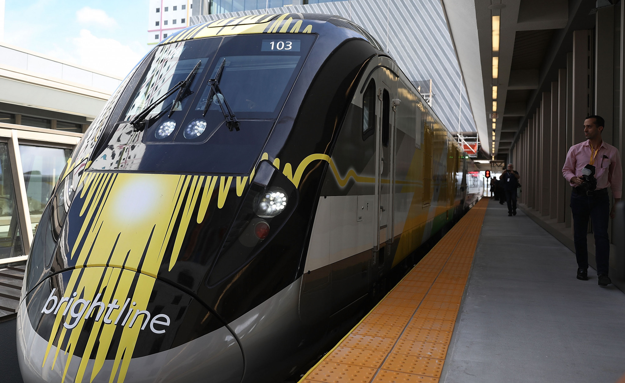 Brightline owner suggests high-speed train link could give Las Vegas role for Los Angeles 2028