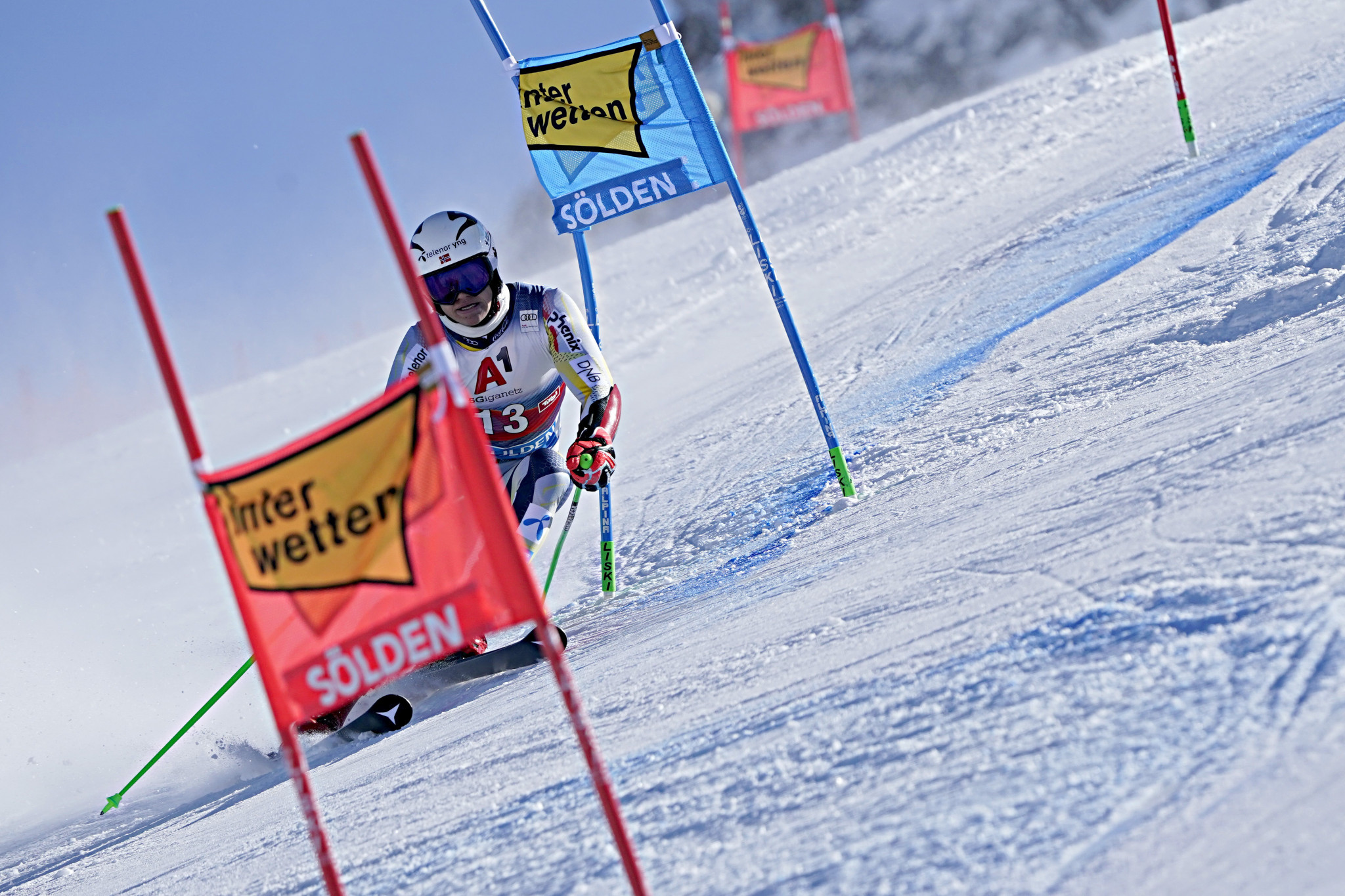 Braathen takes first FIS Alpine Ski World Cup win at Sölden season opener