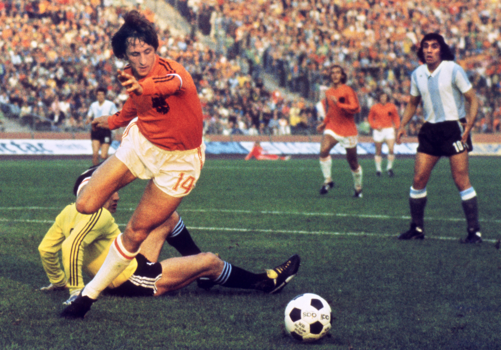 Johan Cruyff led The Netherlands to the 1974 FIFA World Cup final in West Germany ©Getty Images