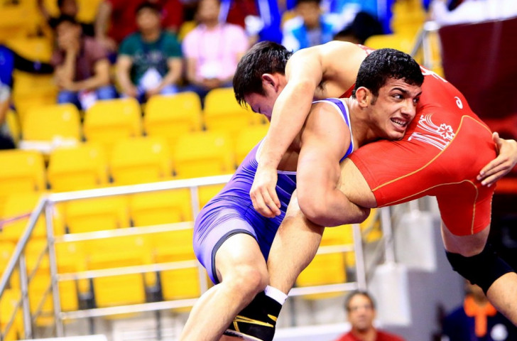 Iranian wrestlers at the double to take men's team title at Asian Wrestling Championships