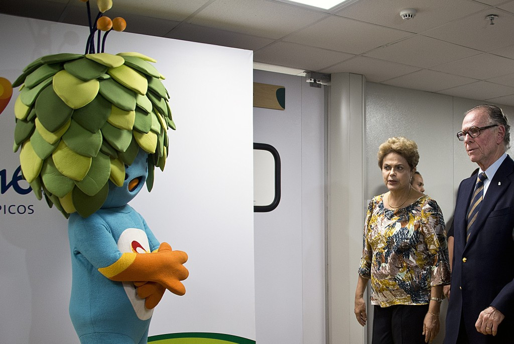 Rio 2016 President Carlos Nuzman (right), pictured with Brazilian President Dilma Rousseff, has been forced into a series of cost-cutting measures ©Getty Images