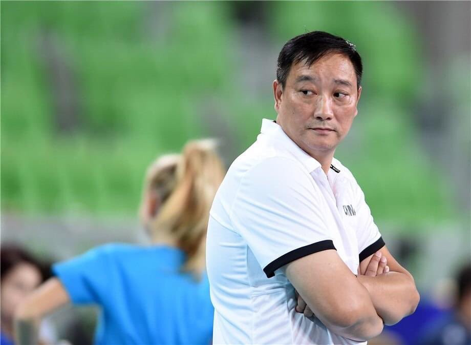 New Chinese men's volleyball head coach Wu aiming for Paris 2024