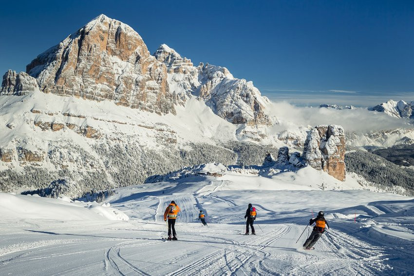 Scholars and local officials support idea of building university in Cortina d'Ampezzo