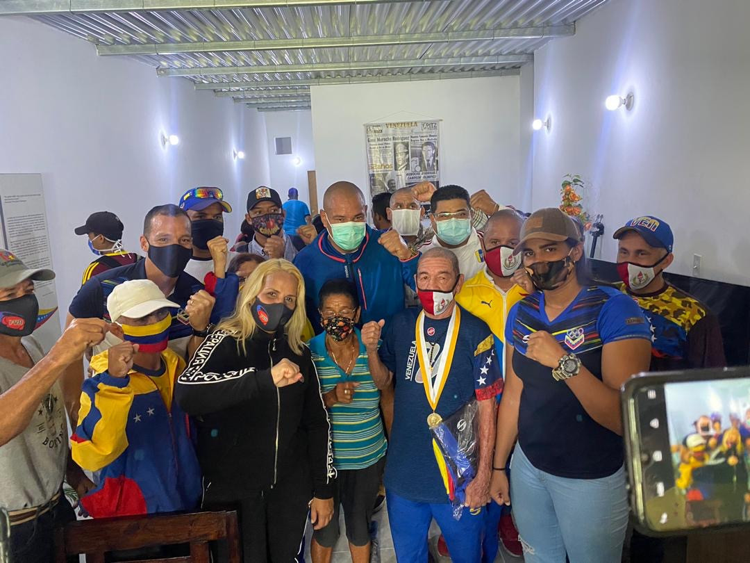 Venezuelan Olympic Committee helps celebrate history-making boxer