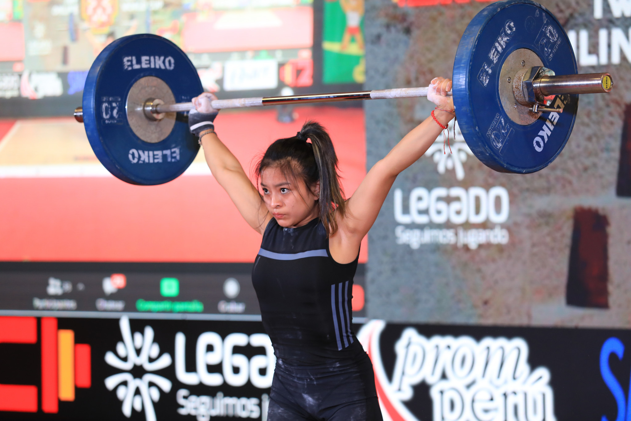 Paola Saldarriaga won two gold medals and a bronze in the women's 45kg ©Peru Weightlifting