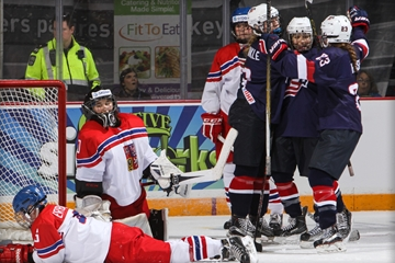 United States begin defence of World Women's Under-18 Championship title with impressive win over Czech Republic