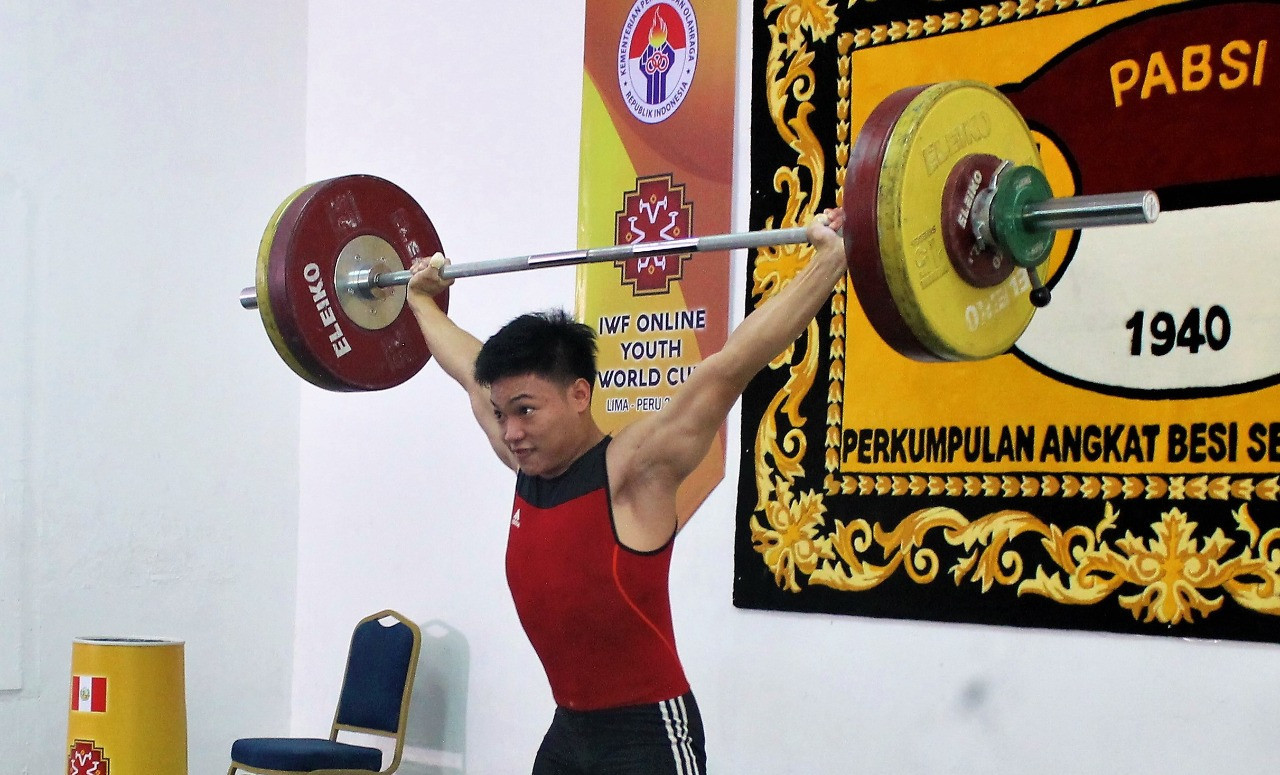 Indonesia's Muhammad Faathir won the country's two gold medals ©Indonesia Weightlifting