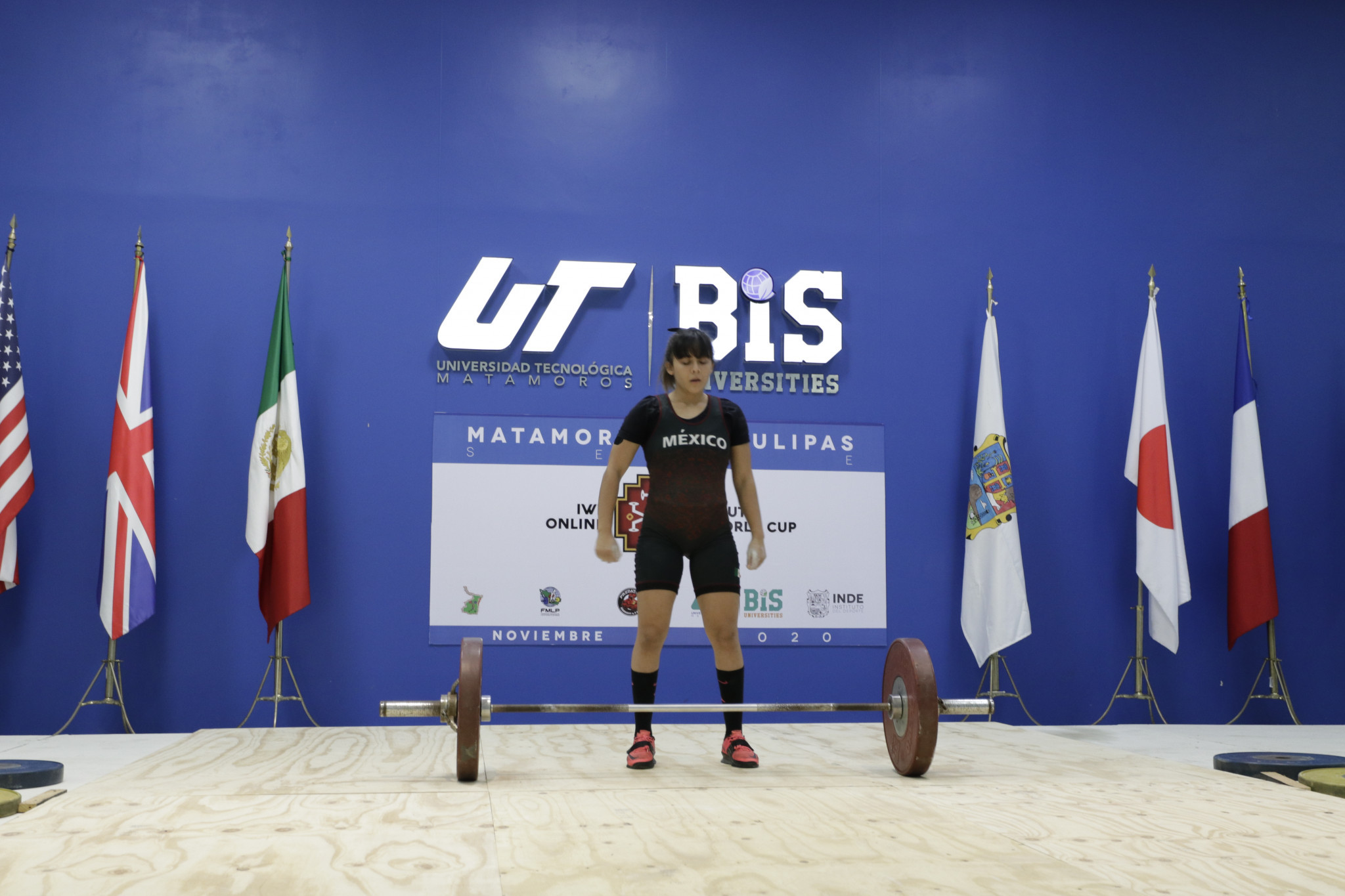 Weightlifters competed for snatch, clean and jerk; and overall medals ©Mexico Weightlifting