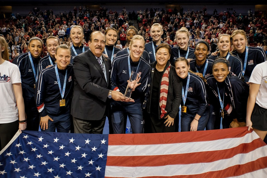 US women clinch Rio 2016 volleyball spot