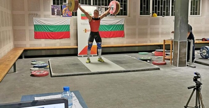 Nasar and García impress on fifth day of IWF Online Youth World Cup