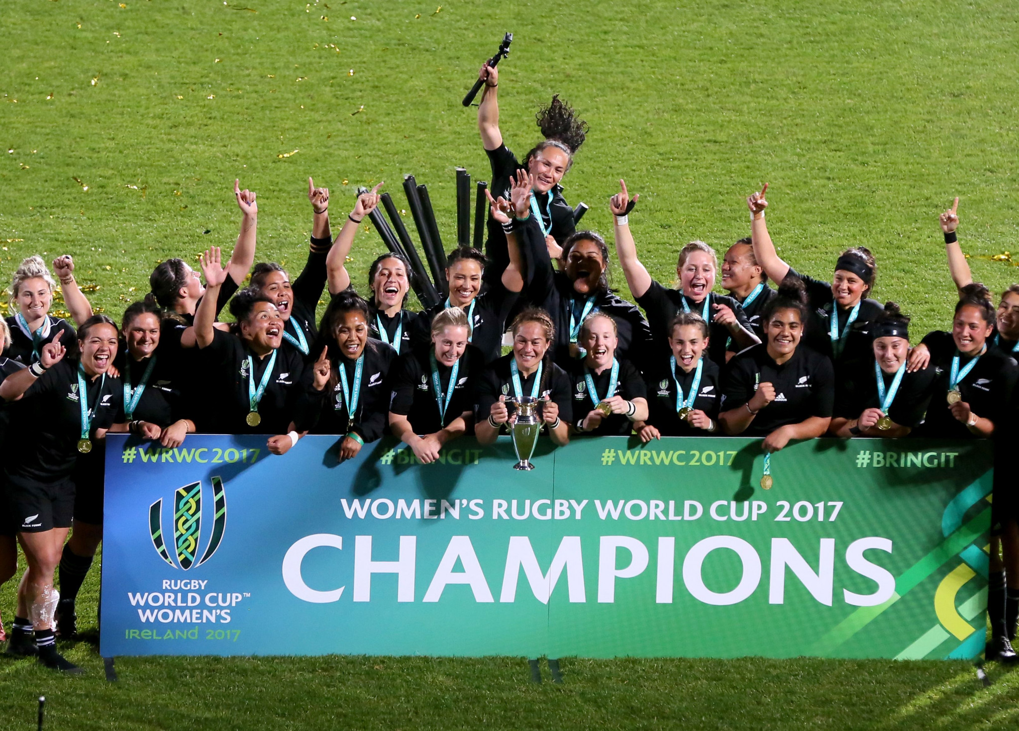 Reigning champions New Zealand are set to play host to next year's Women's Rugby World Cup ©Getty Images