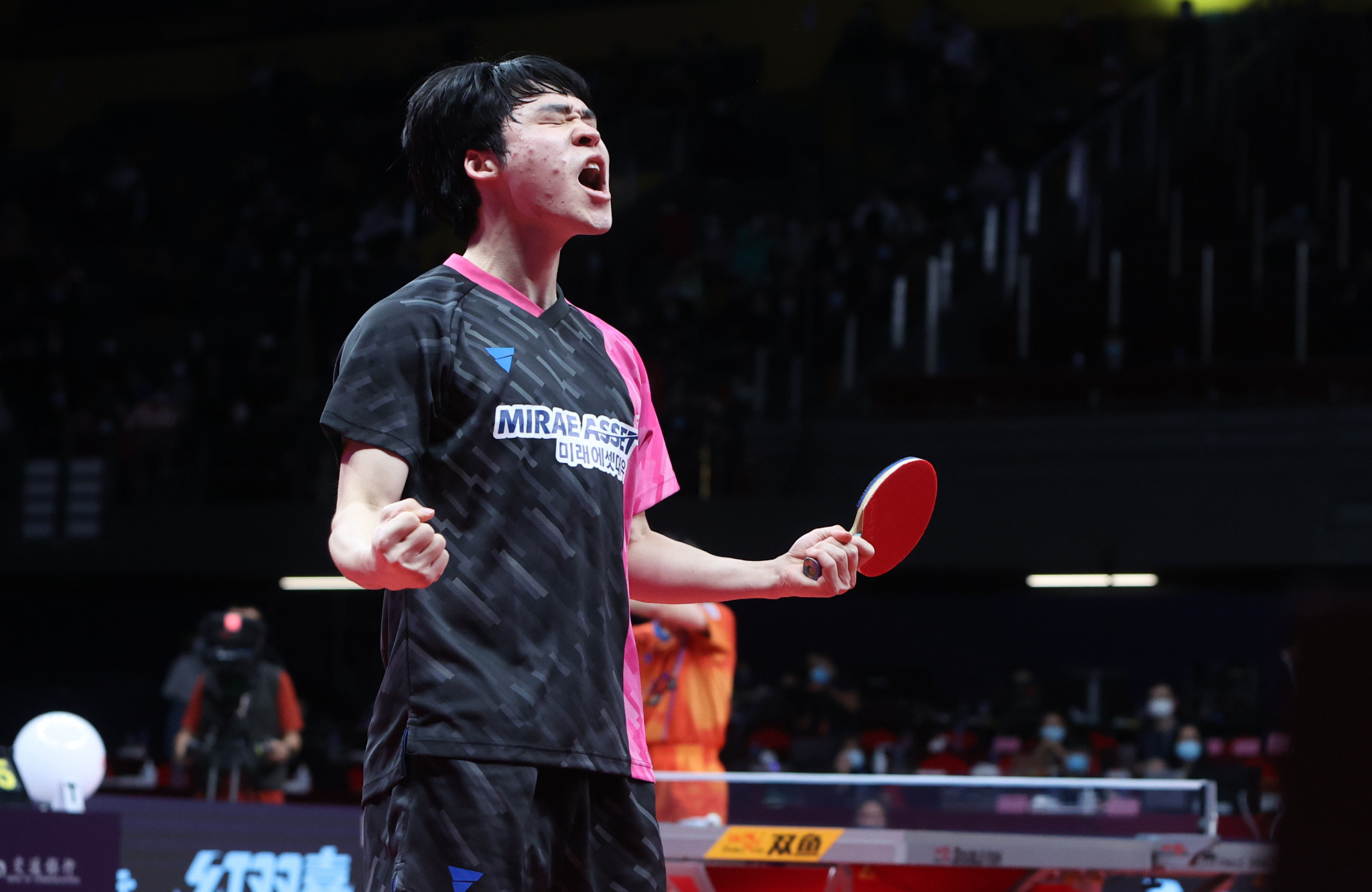 Jang saves two match points in stunning win over Harimoto at ITTF Finals