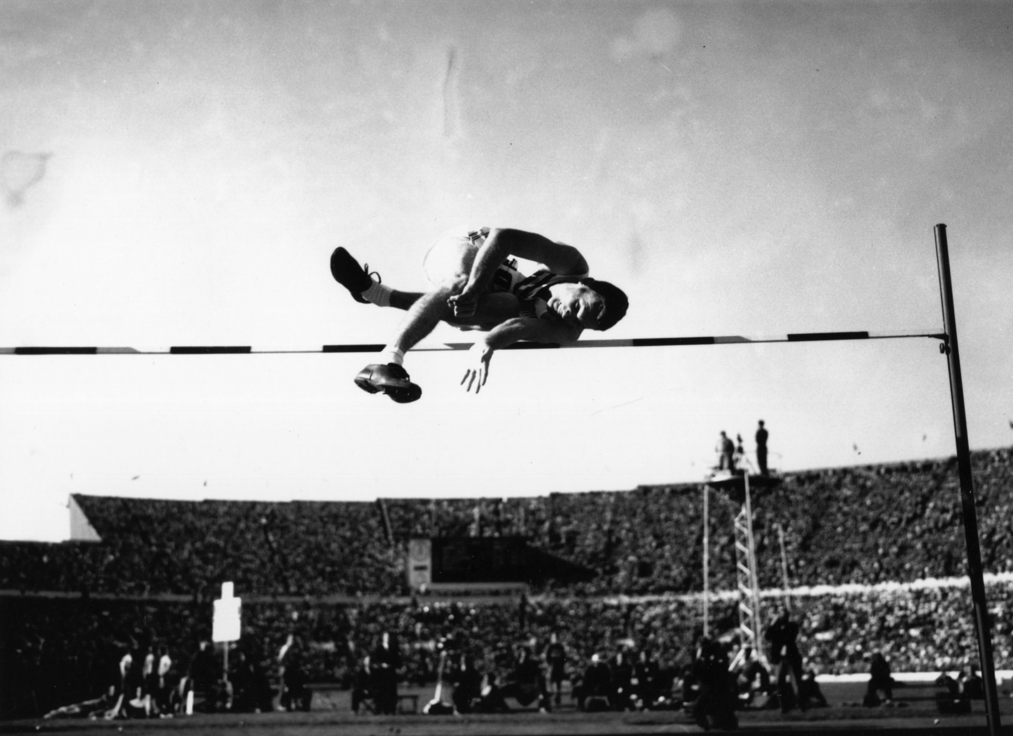"""Walter """"Buddy"""" Davis, the 1952 Olympic high jump champion, has died at the age of 89 ©Getty Images"""