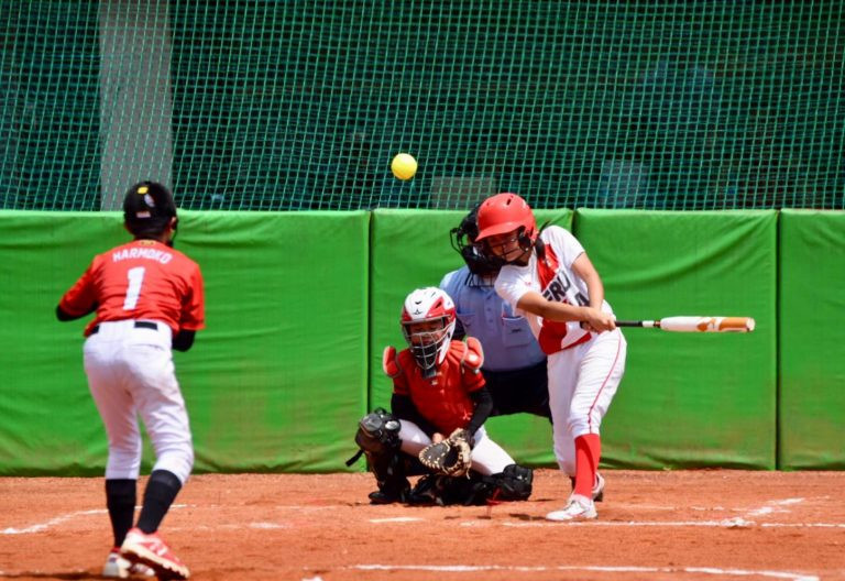 WBSC President Fraccari cited the Under-12 Mixed Softball World Cup as an example of the governing body's commitment to youth ©WBSC