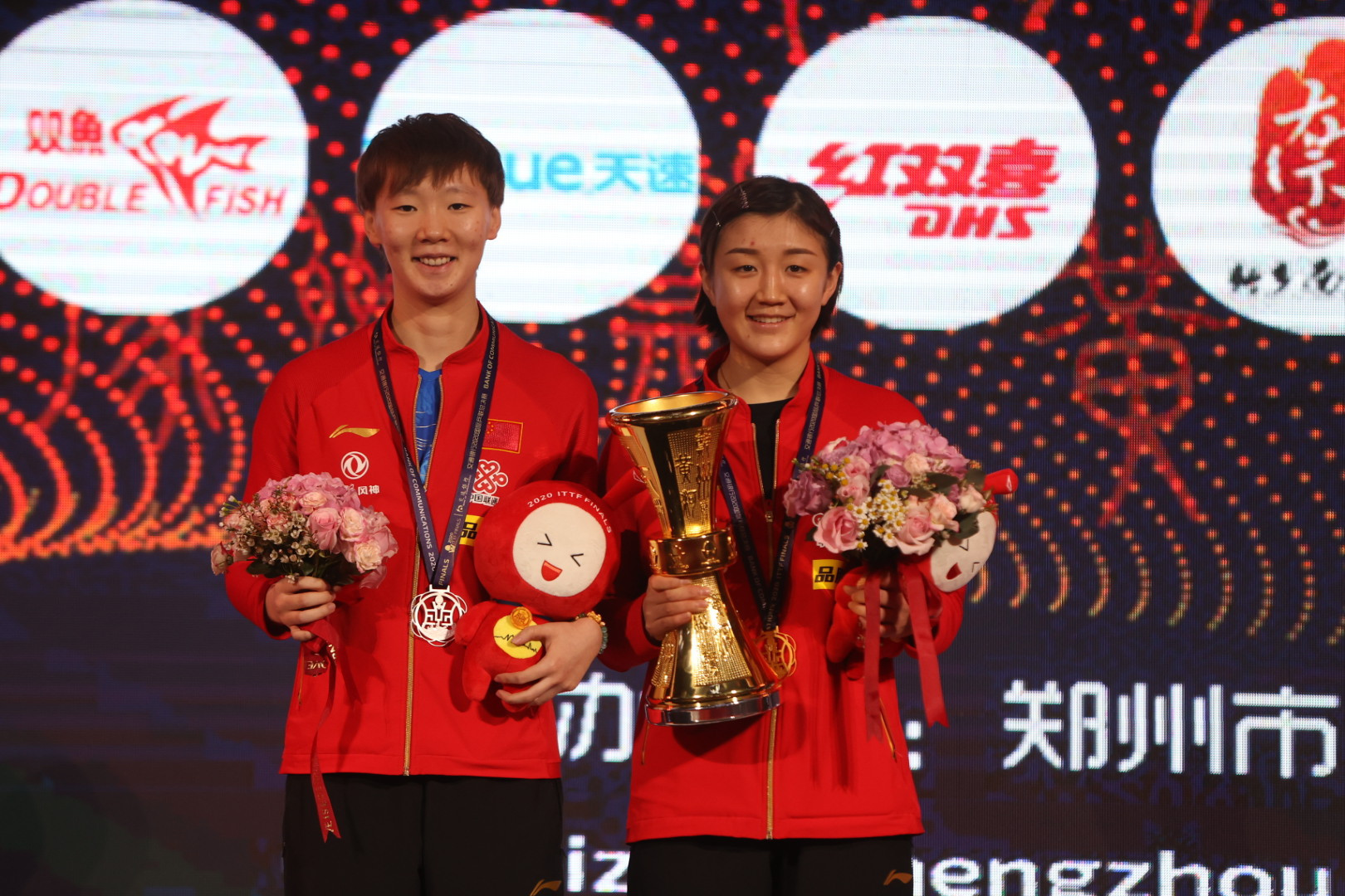 Ma and Chen set new records with victories at ITTF Finals