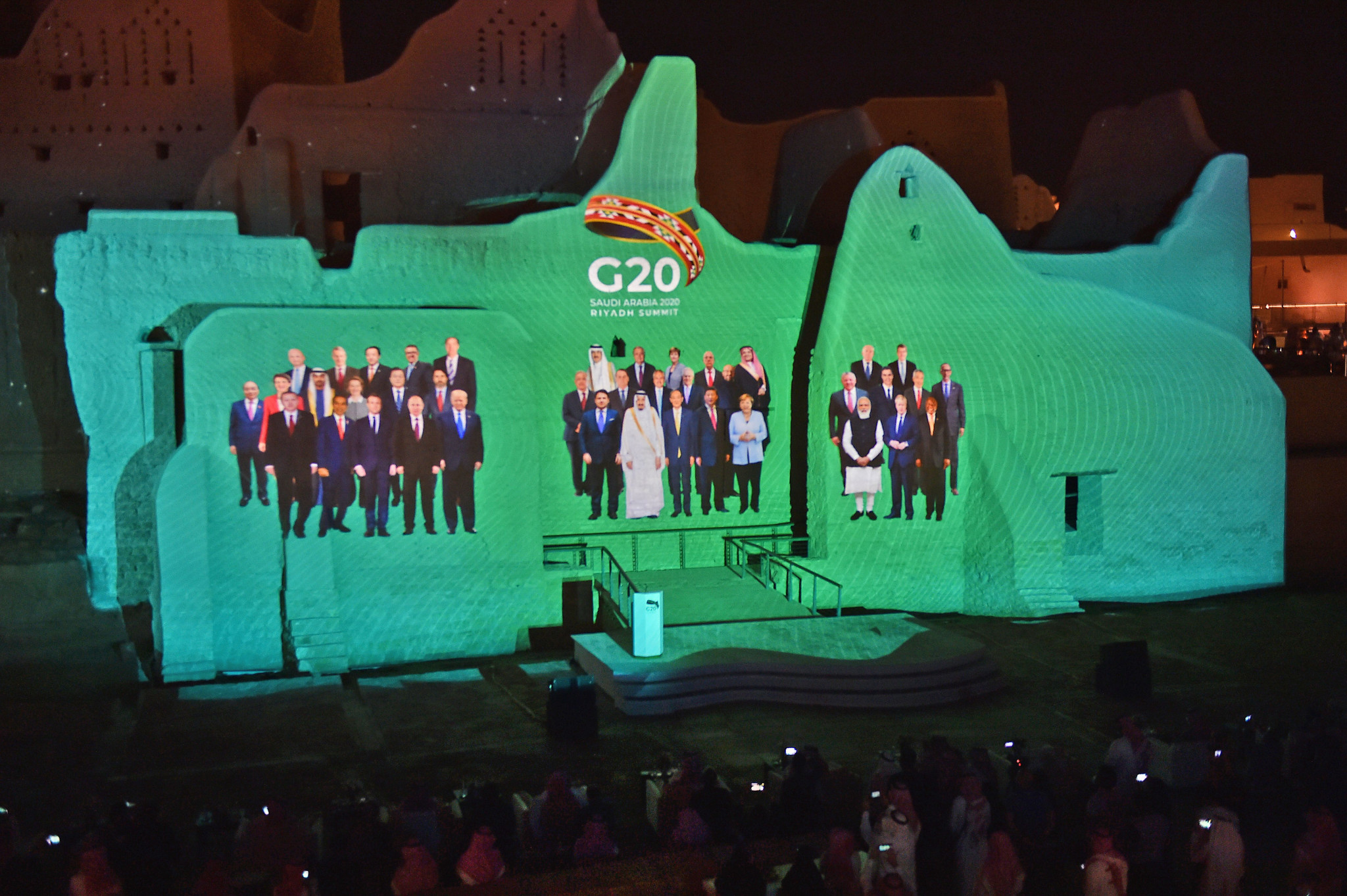 Bach calls for solidarity as G20 commends efforts to stage Olympics in 2021
