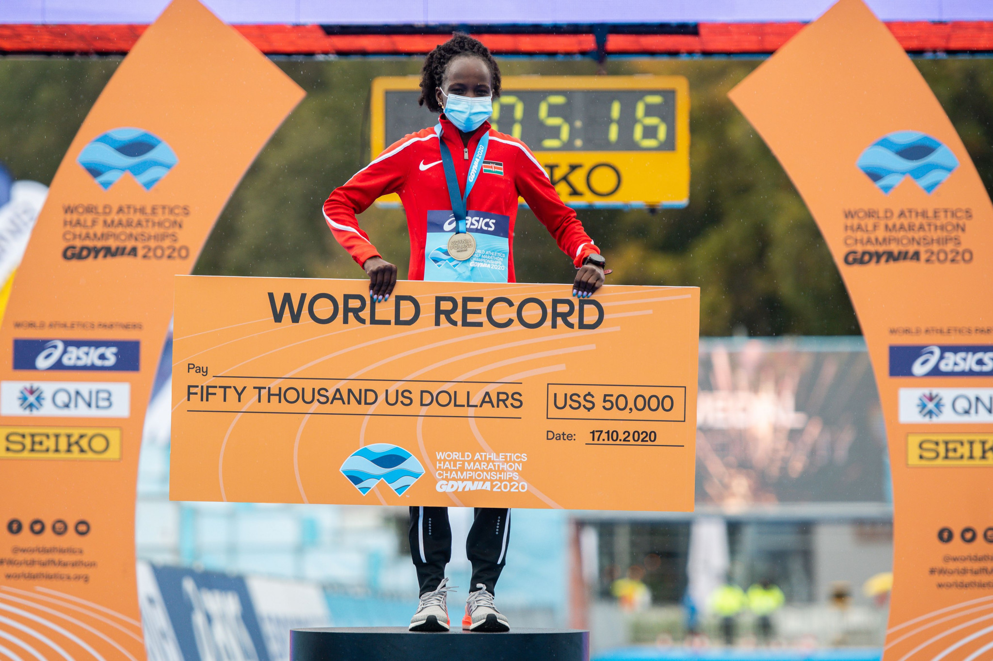 Peres Jepchirchir of Kenya broke her own world record as she claimed the women's half-marathon title this year ©Getty Images