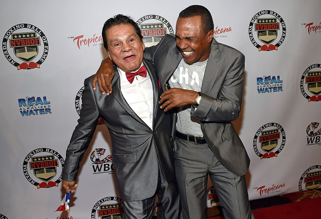The two great fighters remain friends and Sugar Ray Leonard sent a video message of support to Roberto Durán when he was diagnosed with COVID-19 earlier this year ©Getty Images
