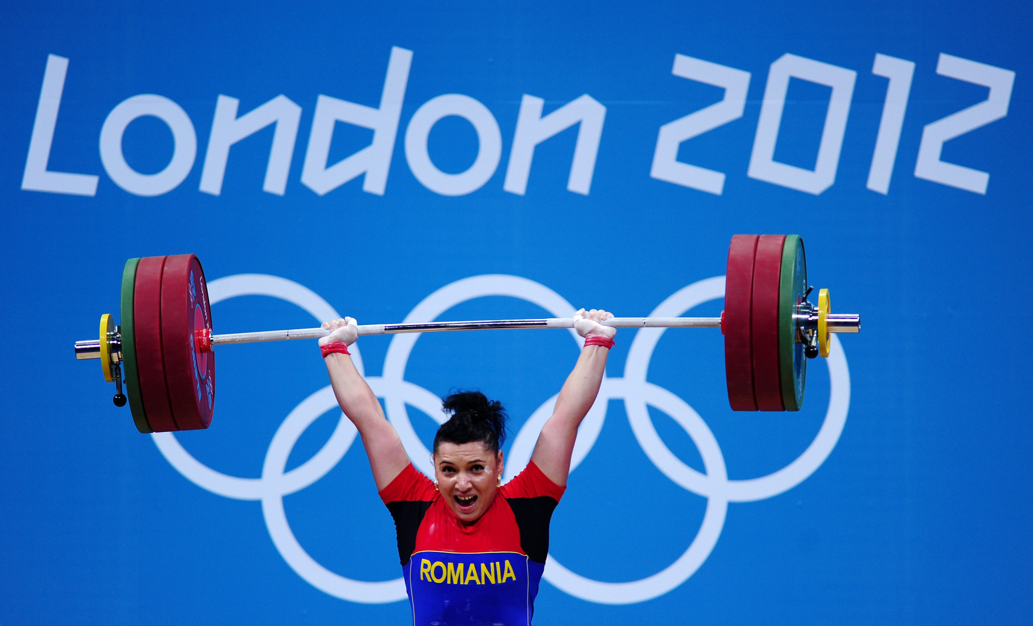 Roxana Cocoș won a medal at London 2012, only to be disqualified along with the entire Romanian weightlifting team ©Getty Images