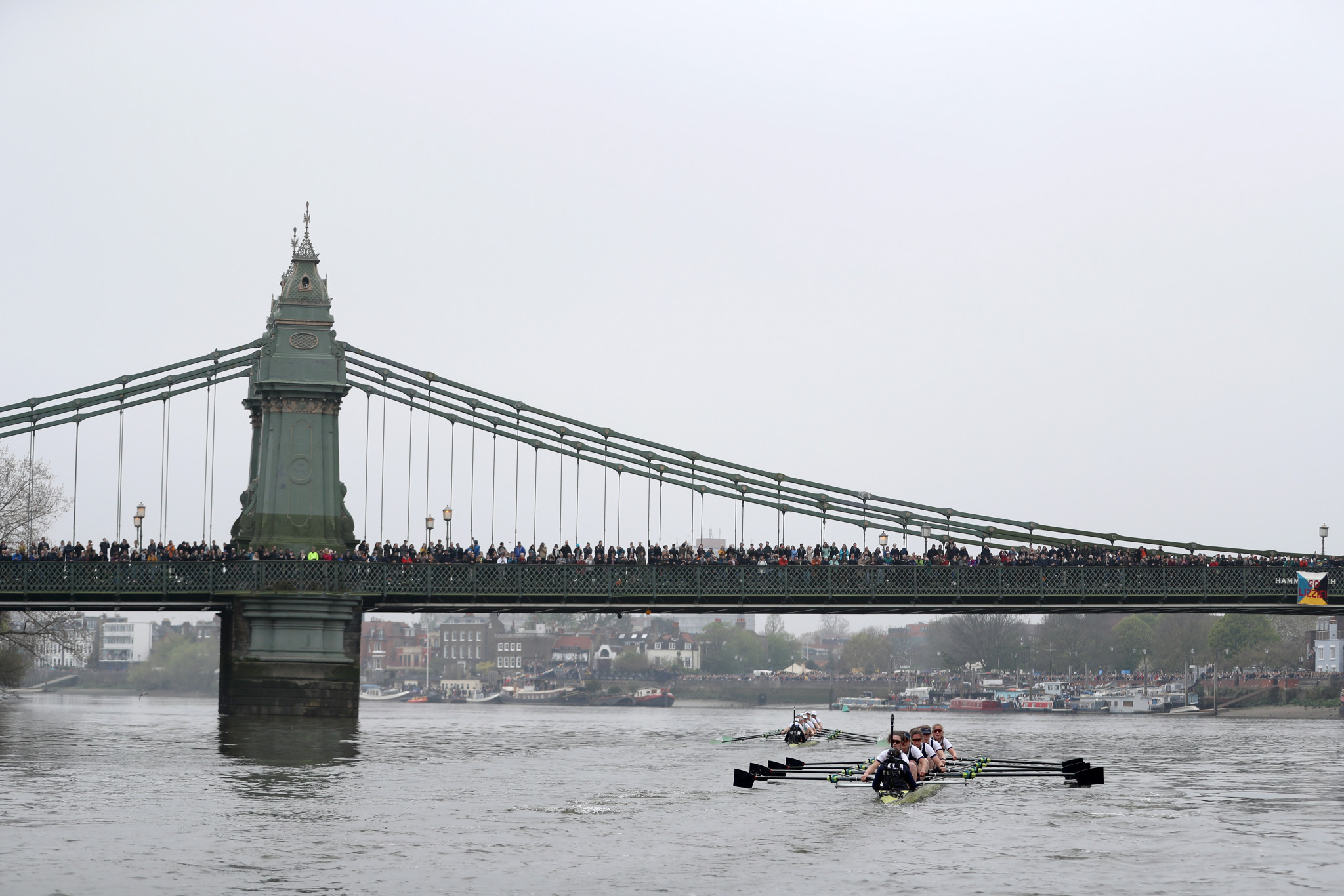 Uncertainty around the safety and navigation of Hammersmith Bridge was a reason behind the relocation of the Boat Race to Ely ©Getty Images