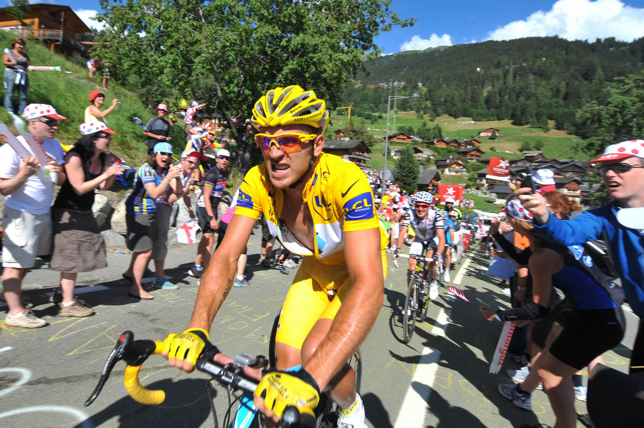 Former Tour de France race leader Nocentini handed four-year doping ban