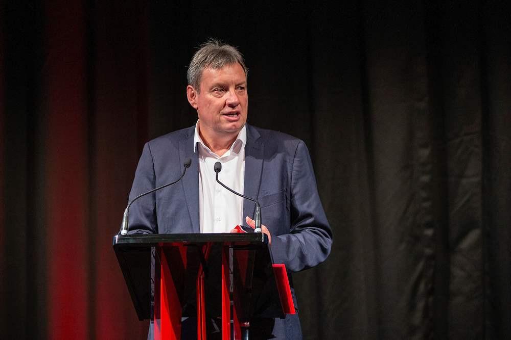 Snedden succeeds Barclay as New Zealand Cricket chairman