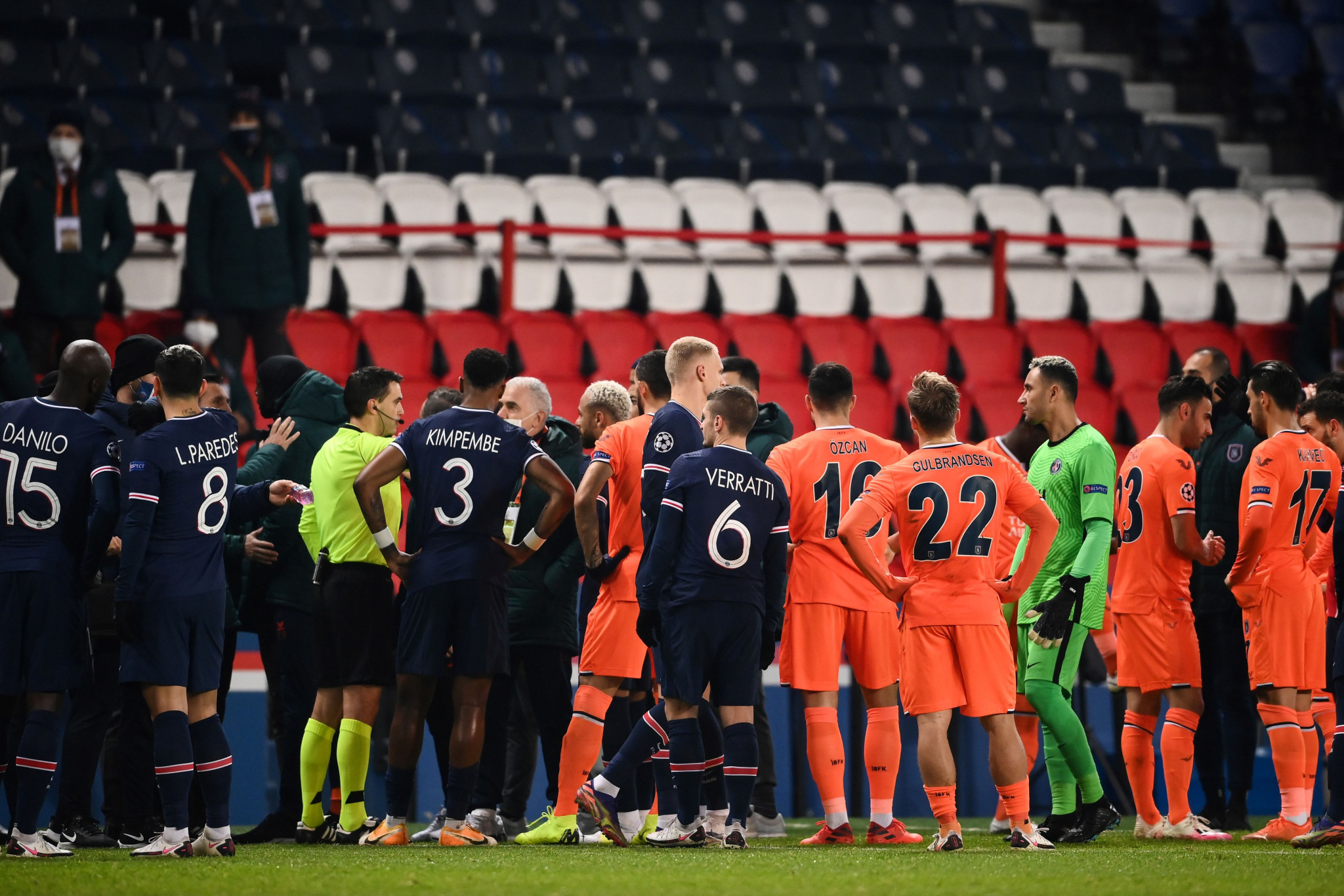 PSG and Başakşehir make anti-racism stance before completing match suspended over fourth official comment