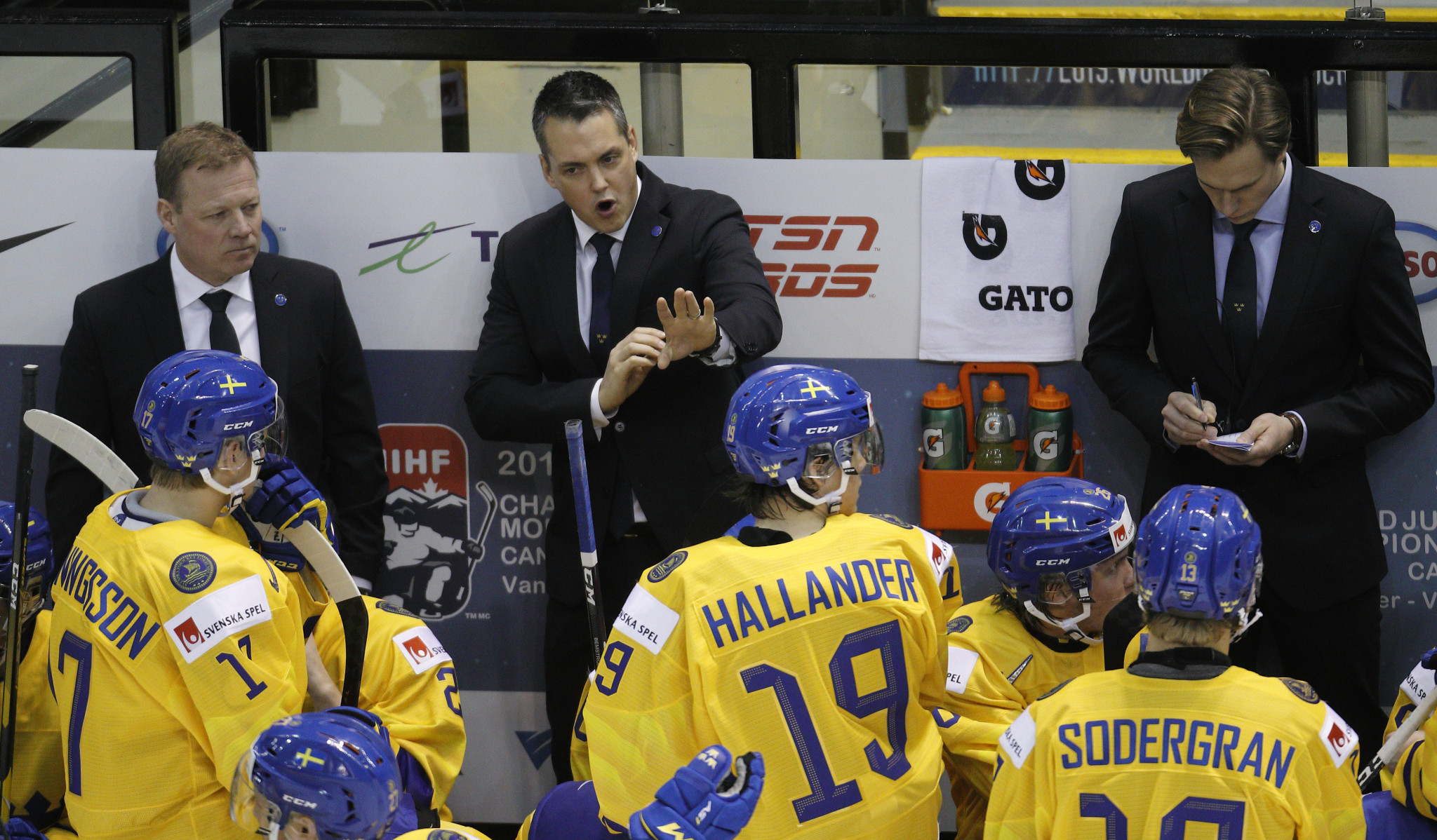 Several teams hit by positive COVID-19 tests ahead of IIHF World Junior Championship