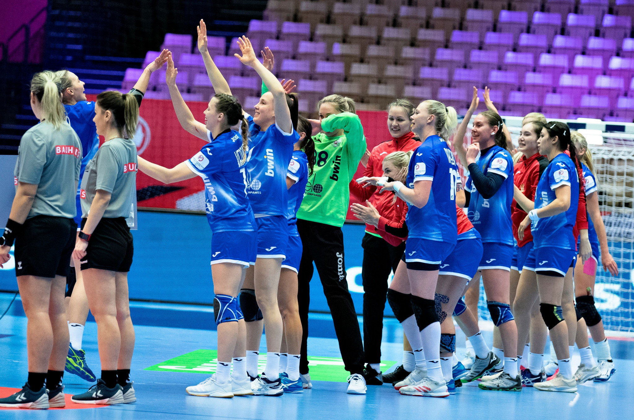 France and Russia draw in rematch of European handball final