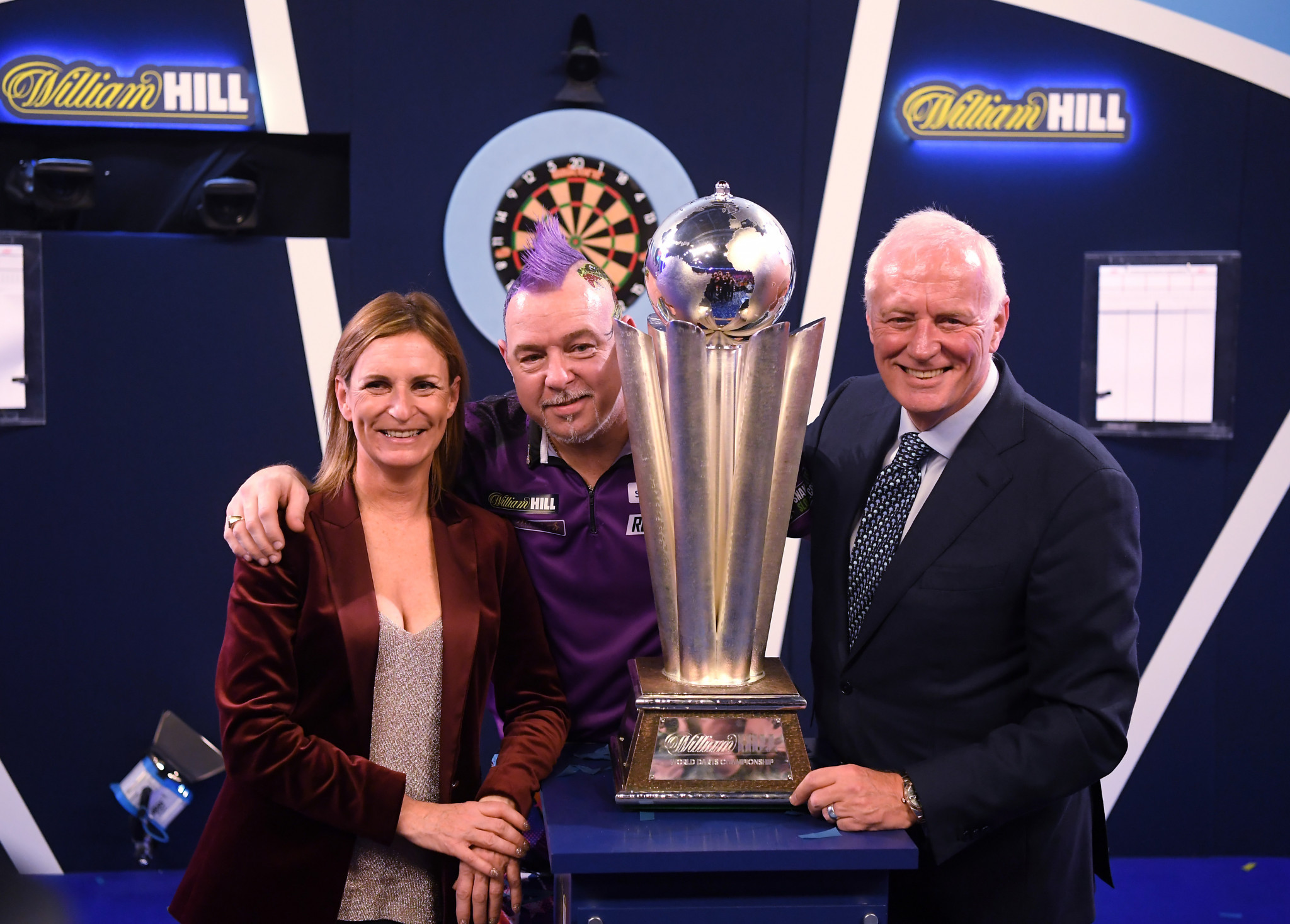 Wright seeks title defence at PDC World Darts Championship