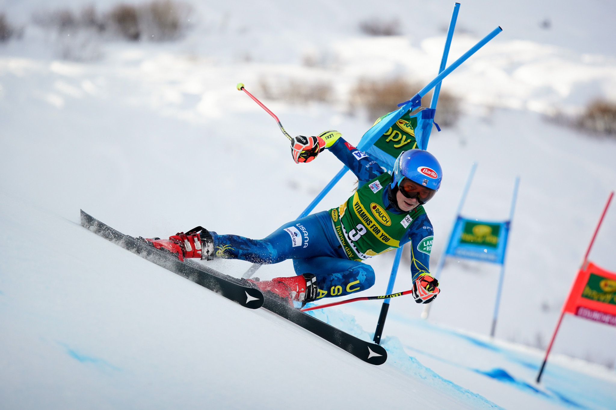 Shiffrin wins first FIS Alpine Ski World Cup race since January