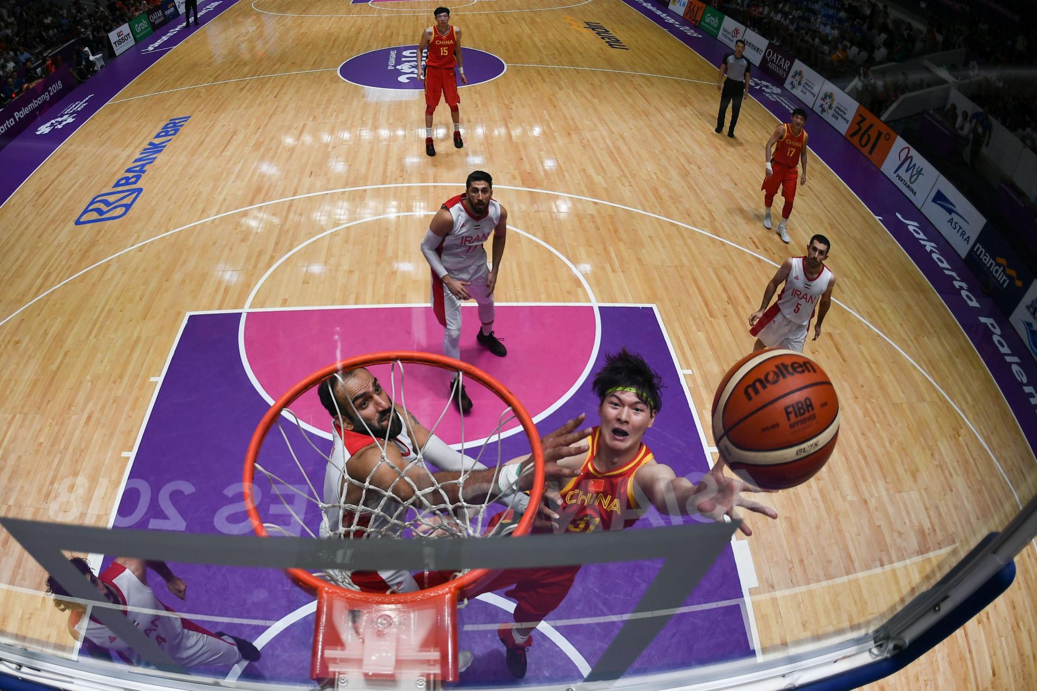 Bola basket menjadi salah satu cabang olahraga yang dimainkan saat Jakarta menjadi tuan rumah Asian Games 2018 © Getty Images