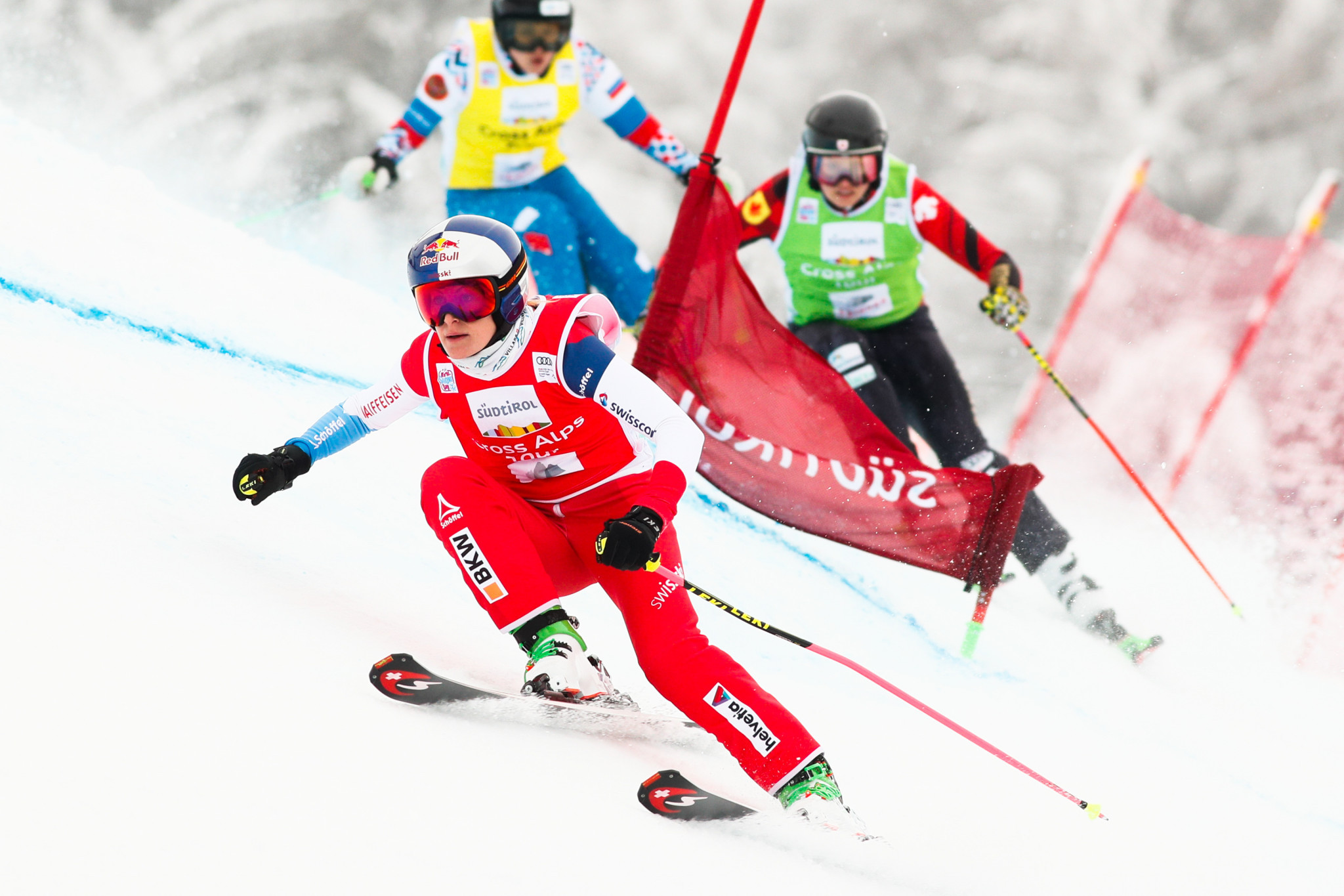 Smith records 25th Ski Cross World Cup win of career with Val Thorens triumph