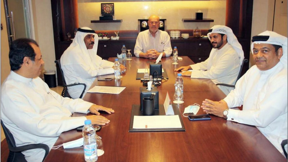 Espinós meets Asian Karate Federation President Alrazooqi in Dubai