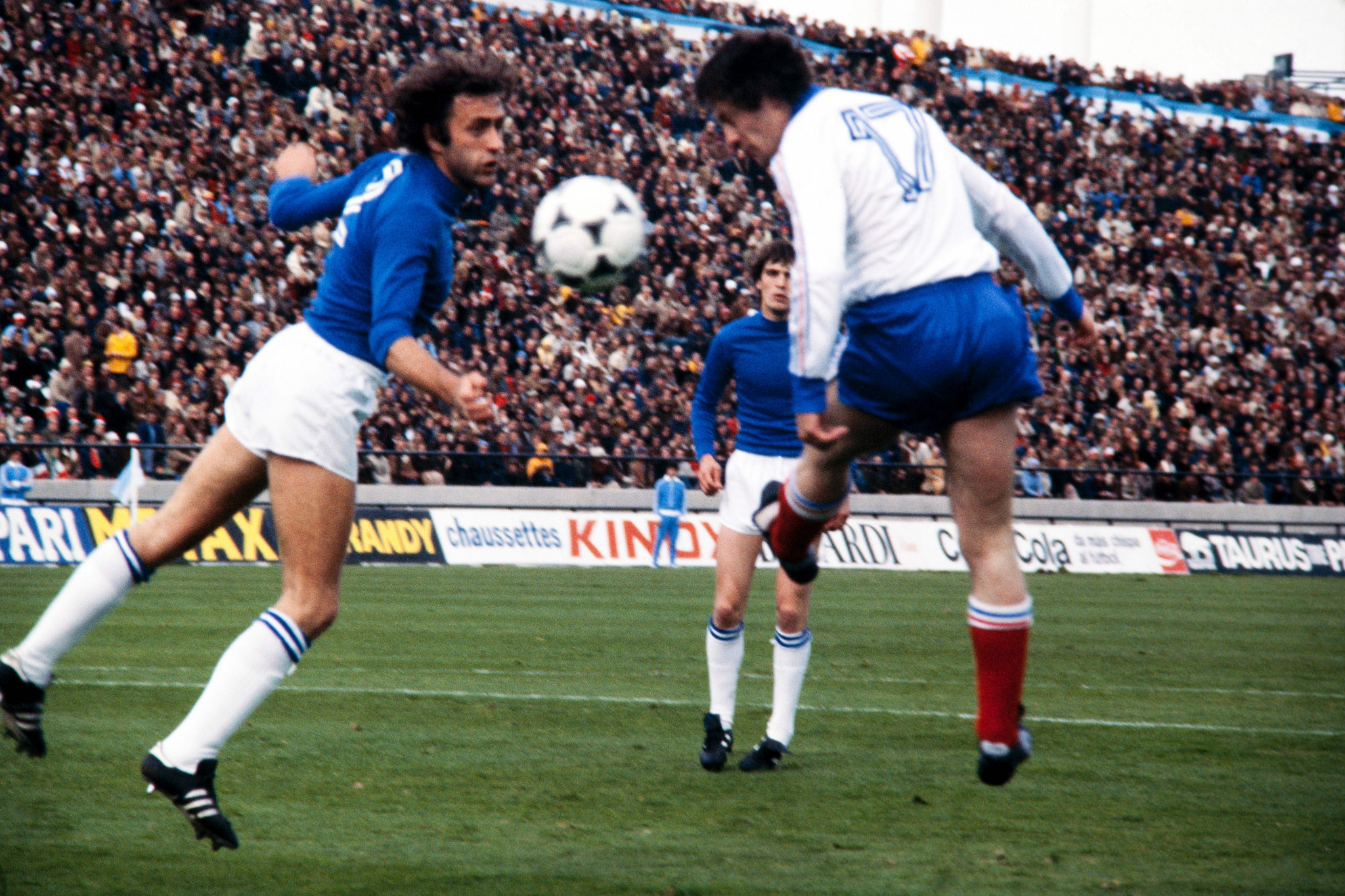 Former Italy footballer Bellugi has legs amputated after COVID-19 complications