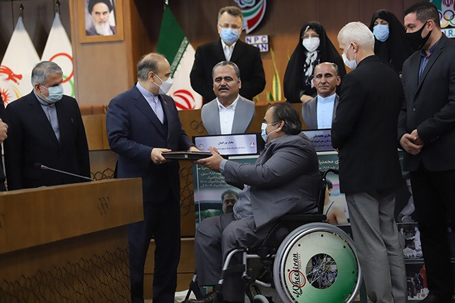 Bust of seven-time Paralympic medallist Nourafshan unveiled in Tehran
