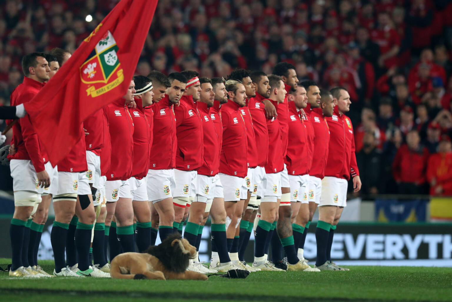 Crisis talks planned as new COVID-19 variant threatens British and Irish Lions tour of South Africa
