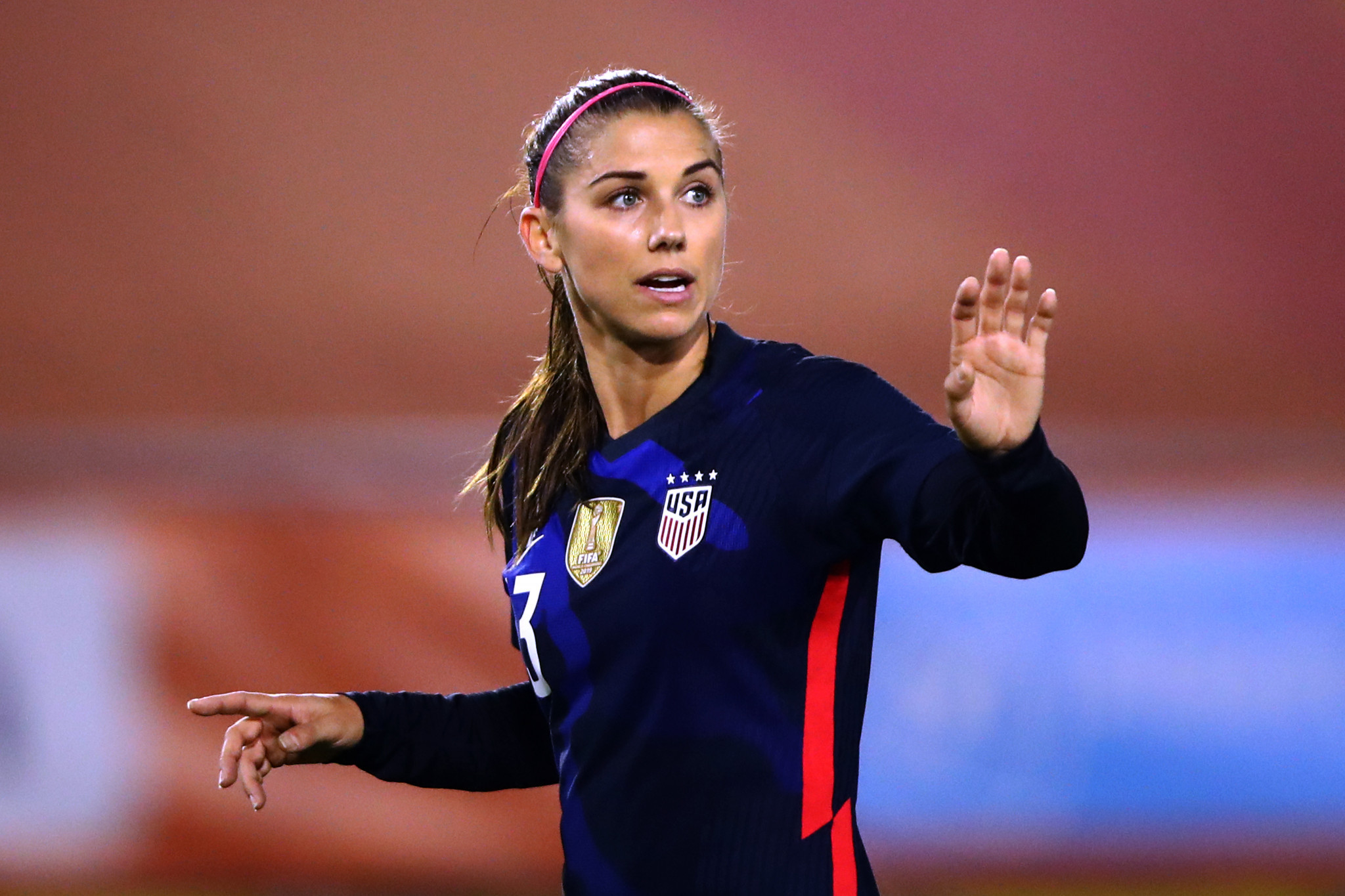 "US Soccer ""looking into"" Morgan's positive COVID-19 case"