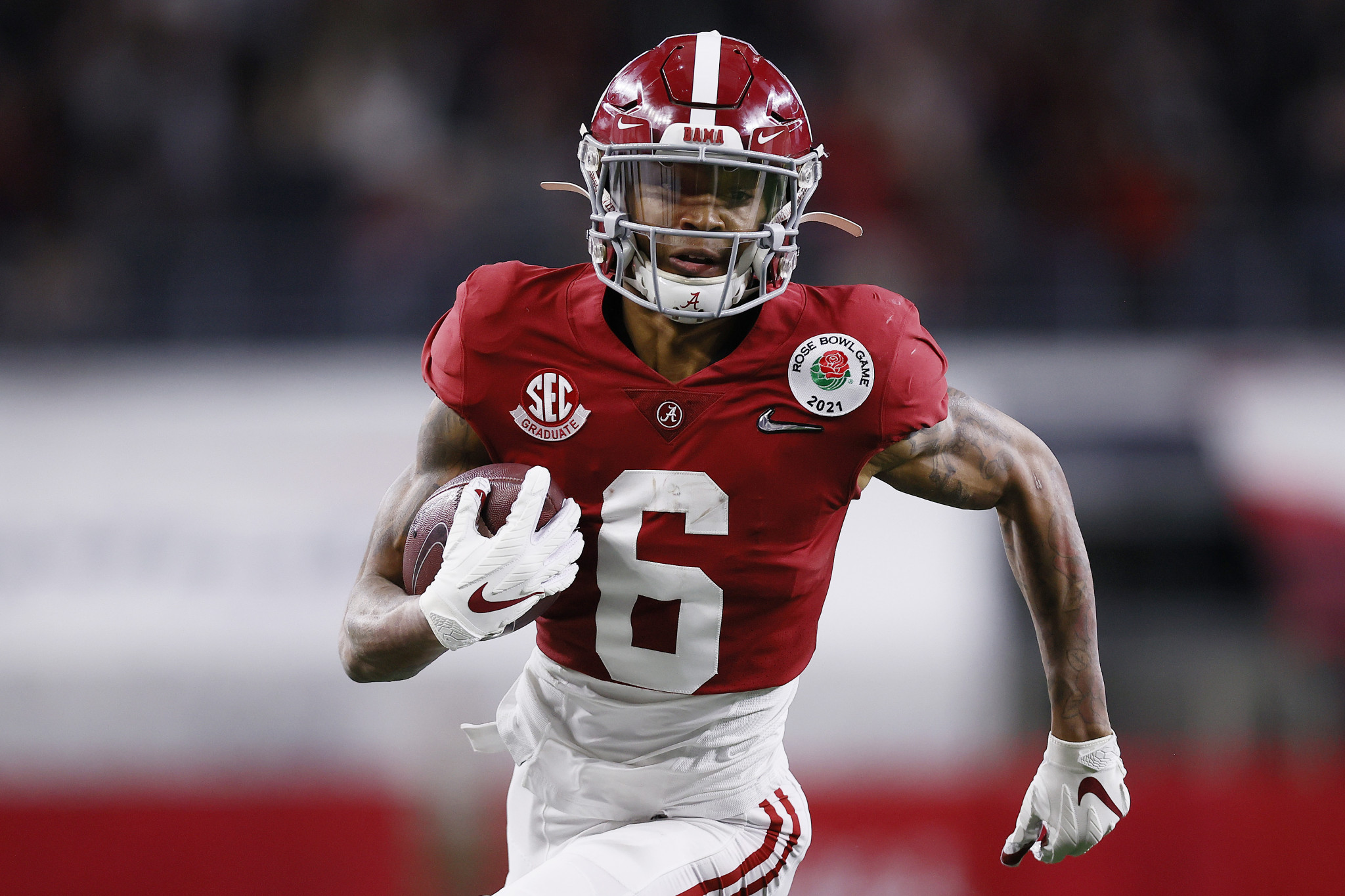 DeVonta Smith is the first wide receiver to win the award in 29 years  ©Getty Images